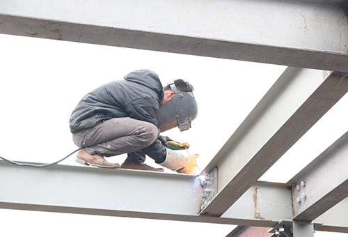 Nhà khung thép 2 tầng tiết kiệm phân nửa chi phí thi công so với nhà truyền thống